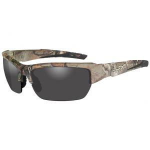 Gafas Wiley X WX Valor con lentes ahumadas grises y montura Realtree Xtra en Camo