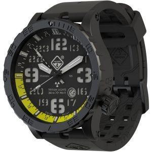 Reloj de titanio con tritio Hazard 4 Heavy Water Diver con manecilla GMT en Nightwatch Yellow y detalles en verde y amarillo
