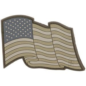 Parche con bandera de EE.UU. al viento Maxpedition en Arid