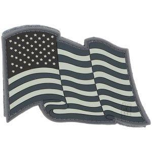 Parche con bandera de EE.UU. al viento Maxpedition en SWAT