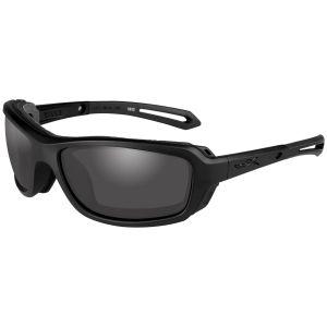 Gafas Wiley X WX Wave con lentes ahumadas grises y montura en negro mate