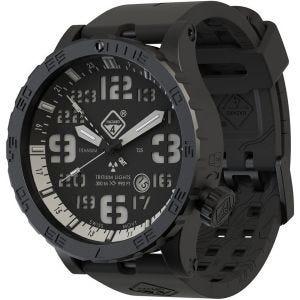 Reloj de titanio con tritio Hazard 4 Heavy Water Diver con manecilla GMT en Nightwatch White y detalles en verde y amarillo