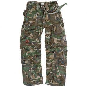 Pantalones de estilo cargo Surplus Infantry en Woodland